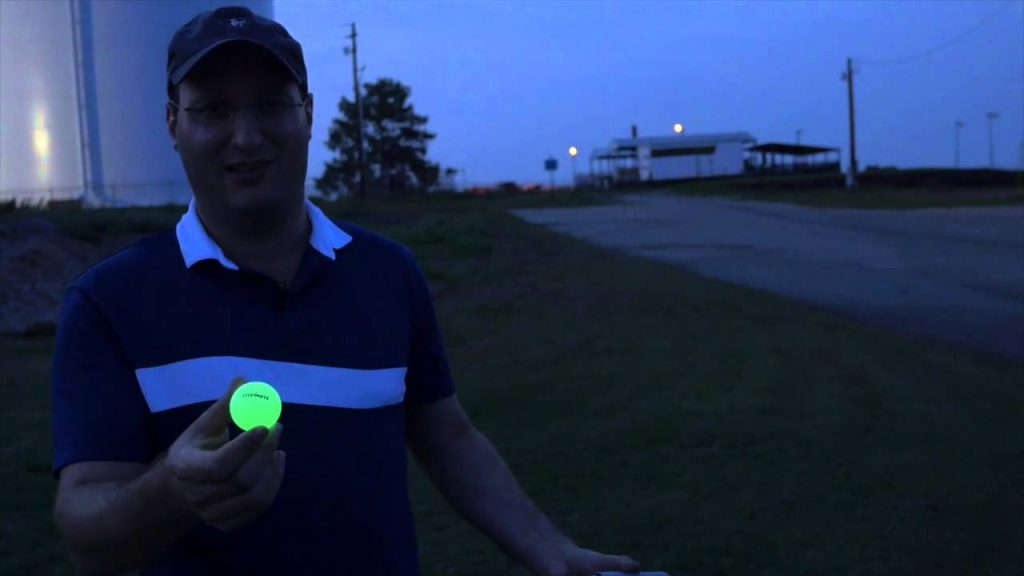 Best Glow in the Dark Golf Balls | Buying Guide 2019
