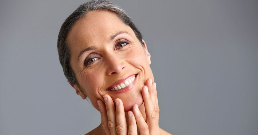 Best Skin Care Products for 40-Year Olds | Buying Guide