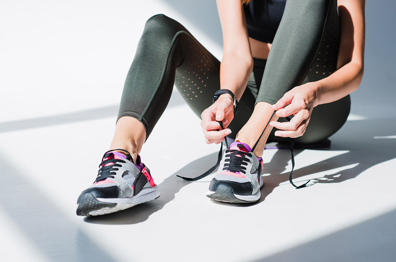 Best Cross Training Shoes for Bad Knees Review & Buying Guide