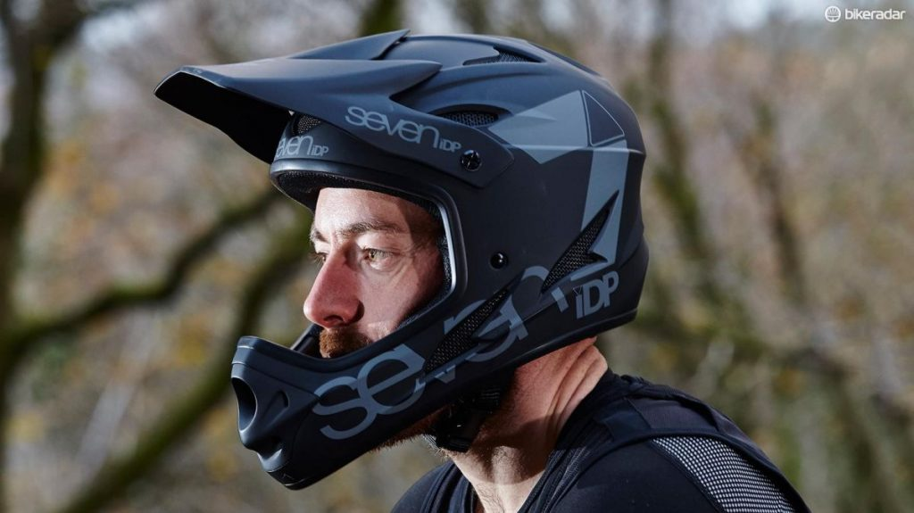 Best Mountain Bike Helmets Under $100 Review & Buying Guide