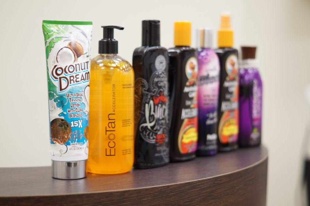 Best Tan Accelerator for Sunbeds Review & Buying Guide